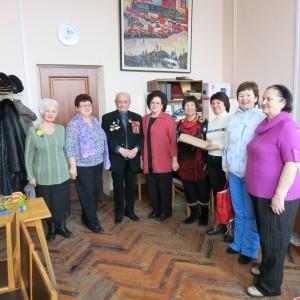 Поздравление члена городского совета ветеранов Кожевниковой Людмилы Сергеевны